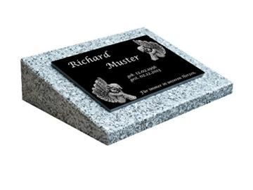 Grabsteine für Urnengräber